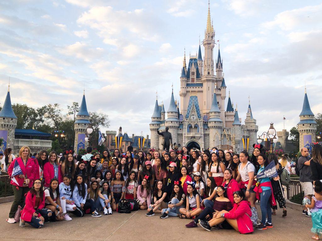 Las quinceañeras 2019 de Viajes Gloria Méndez Disney´s Magic Kingdom